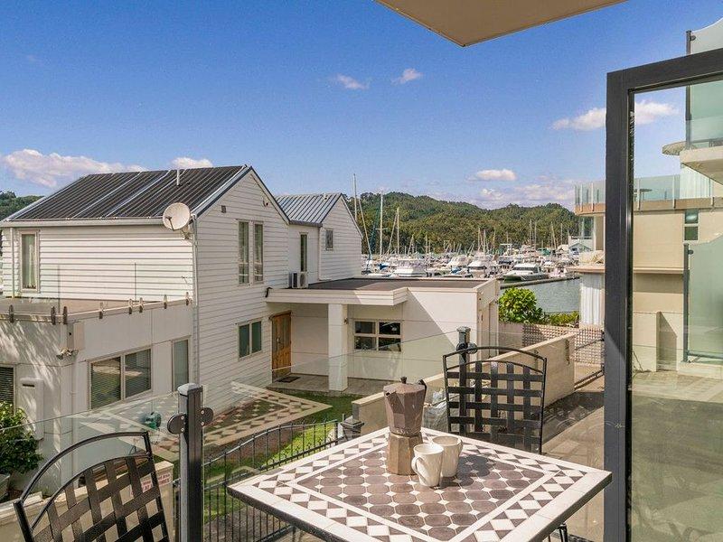 Villa Marina - Whitianga Holiday Home, holiday rental in Ferry Landing