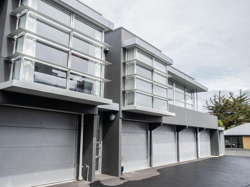 The Hutch - Christchurch Apartment