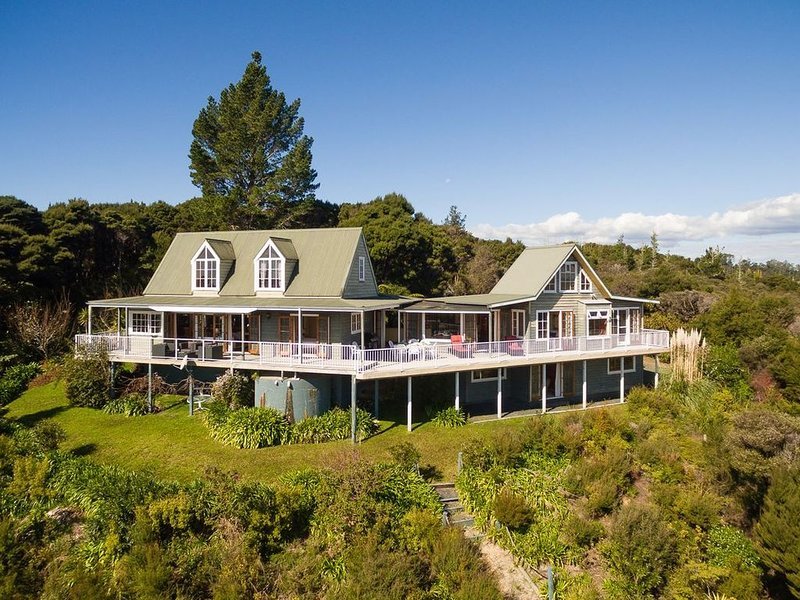 Veronica House - Russell Holiday Home, holiday rental in Rawhiti