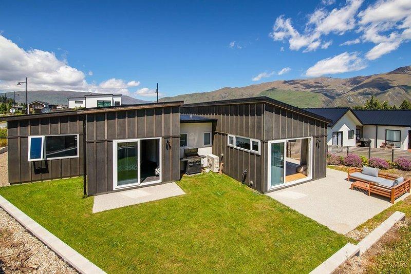 Kirimoko Retreat - Wanaka Holiday Home, alquiler vacacional en Lake Hawea