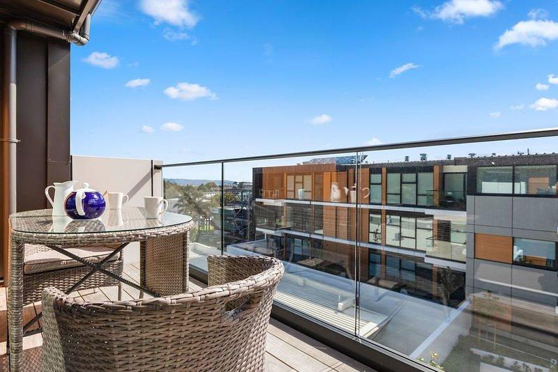 Eden Green - Mt Eden Boutique Apartment, holiday rental in Lynfield
