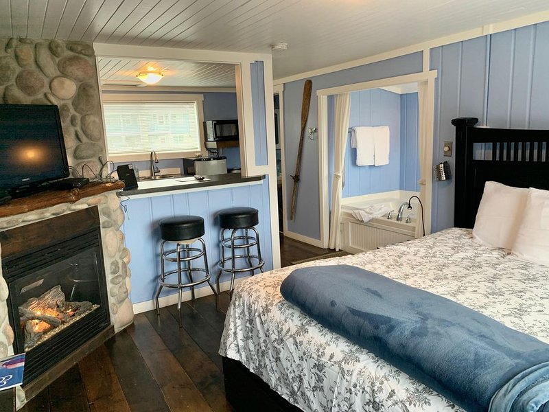 Arch View - Cozy bungalow!, holiday rental in Long Beach