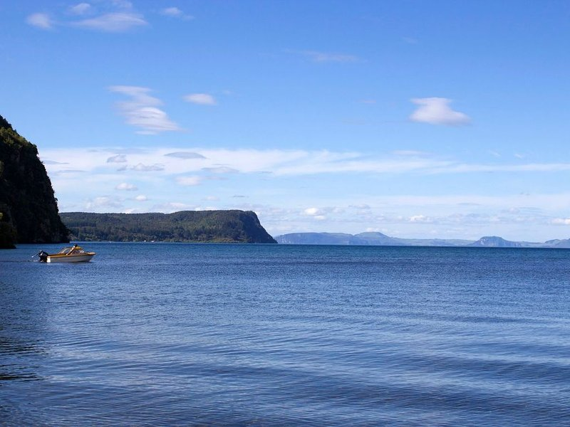 Lakefront at Kuratau - Kuratau Bach, location de vacances à Motuoapa
