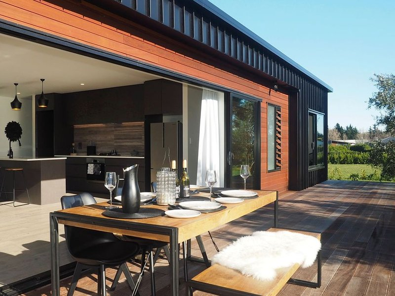 Pinot Longbox - Martinborough Holiday Home, aluguéis de temporada em Pirinoa