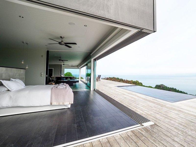 The Glass House - Luxury Accommodation Raglan, casa vacanza a Raglan
