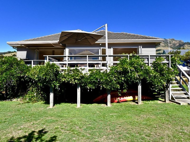 La Belle Vie - Akaroa Holiday Home, casa vacanza a Little River