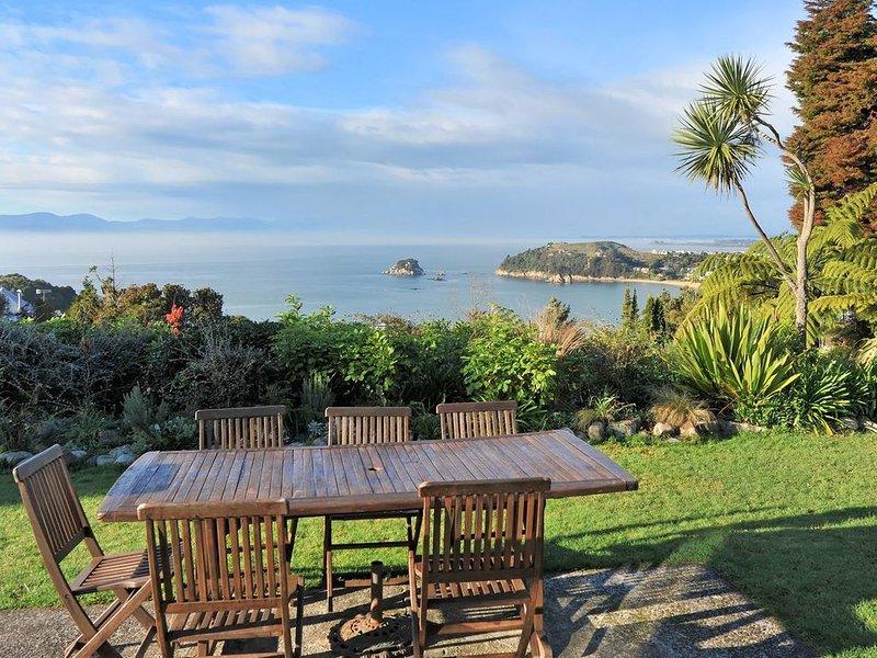 Kereru at Kaiteriteri - Kaiteriteri Holiday Home, vacation rental in Tasman