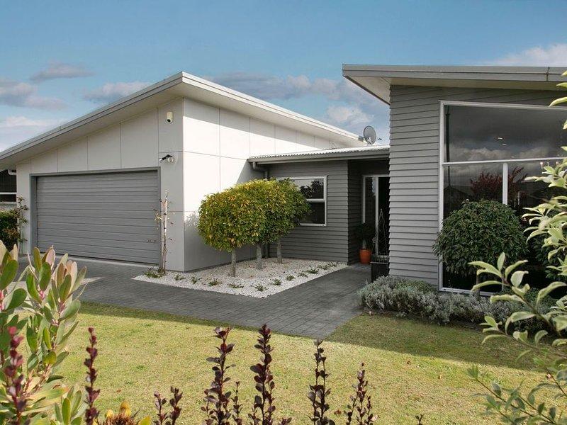 Lake Retreat -  Taupo Holiday Home, alquiler vacacional en Taupo