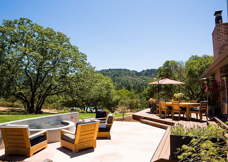 5-Star Wine Country Estate and Experience: 'The Best Home in Calistoga!', vacation rental in Napa Valley
