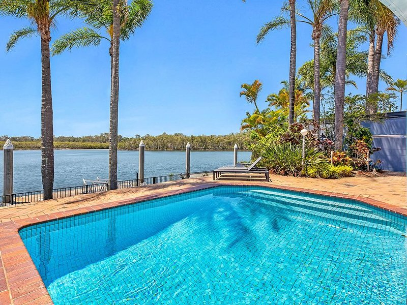 CASTAWAY AT THE GREENS, holiday rental in Gold Coast