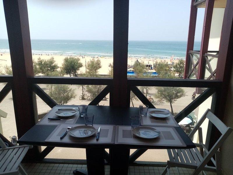 NEW ! Vue océan, plage à pied, piscine commune, parking privé !, casa vacanza a Hossegor