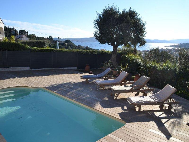 Ste-Maxime  villa vue mer- quartier du sémaphore, Ferienwohnung in Ste-Maxime