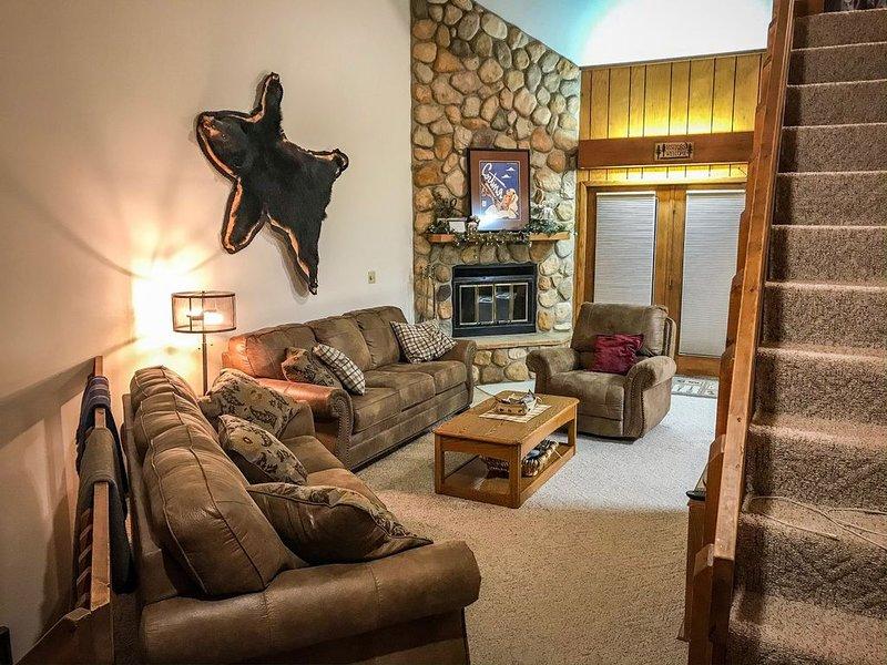 Whitecap Mountain Condo: On Whitecap Mountain, Mountain Meadow's #4, holiday rental in Mellen