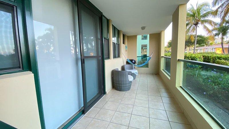 Gorgeous & Spacious Garden Apartment, aluguéis de temporada em Loiza