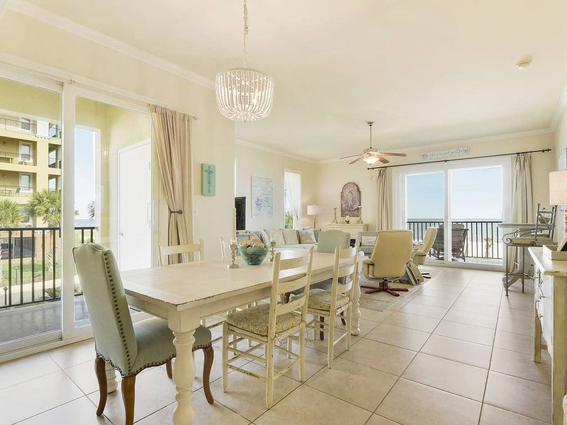 Luxury Waterfront Condo Situated Directly On Sugar White Beach, MS Gulf Coast, holiday rental in Pass Christian