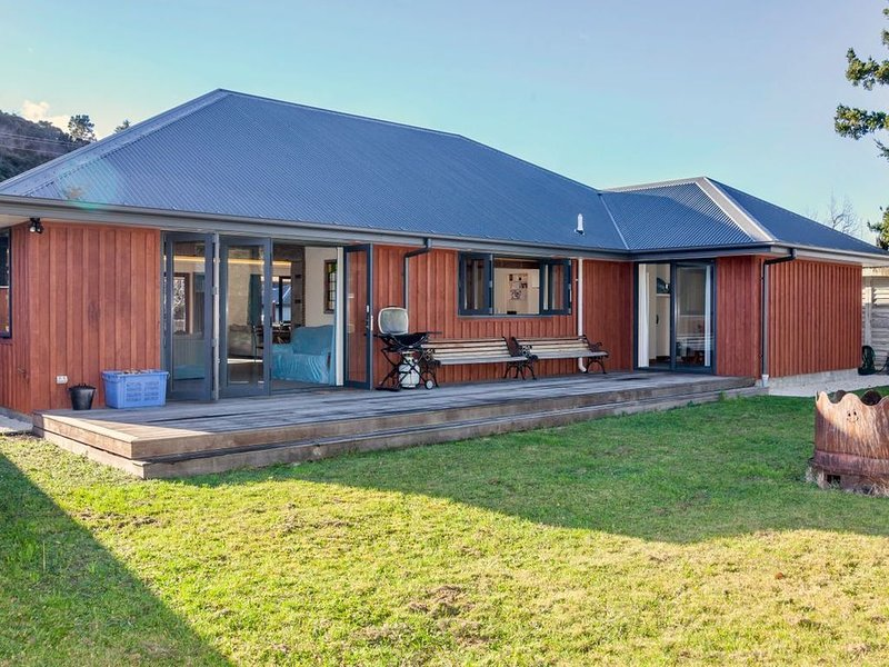 GraceWorks - Hanmer Springs Holiday Home, holiday rental in Culverden