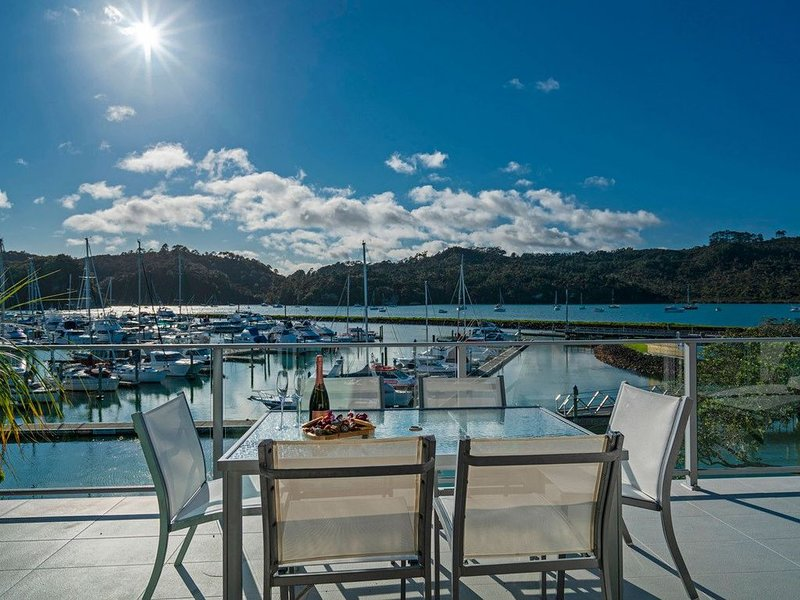 The Marina Lookout - Whitianga Holiday Apartment, holiday rental in Whitianga