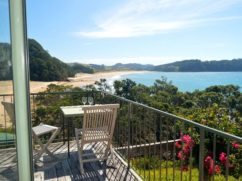 Hot Water Beach Haven - Hot Water Beach Holiday Home, holiday rental in Hot Water Beach