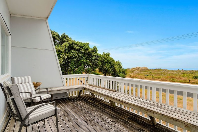 Waihi Bliss - Waihi Beach Bach, vacation rental in Te Aroha
