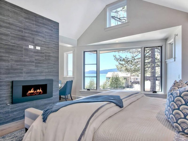 Kings Beach Getaway with Lake Views and High-End Kitchen, holiday rental in Kings Beach