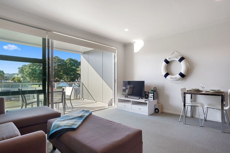 Welcome Aboard - Whitianga Apartment, holiday rental in Ferry Landing