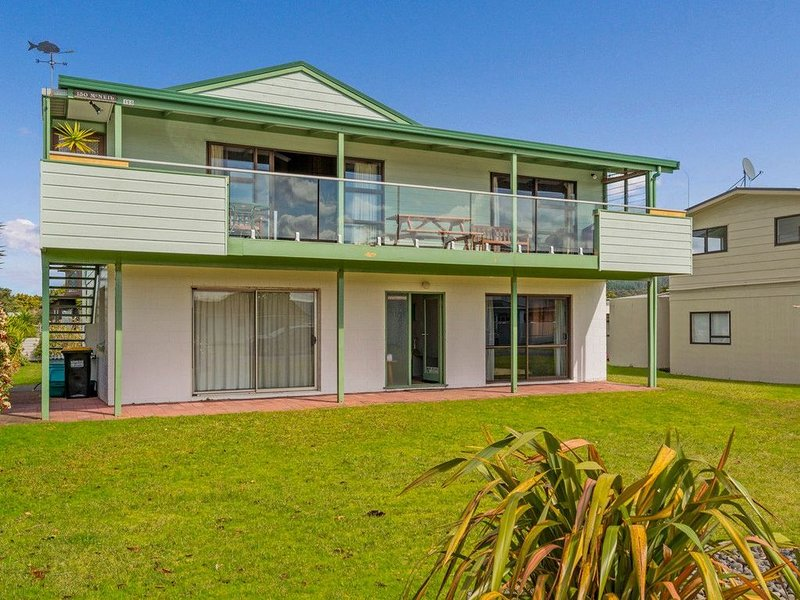 Sweetwaters - Cooks Beach Bach, holiday rental in Cooks Beach