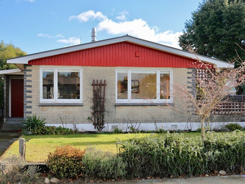 Fiordland House - Te Anau Holiday Home, location de vacances à Fiordland National Park