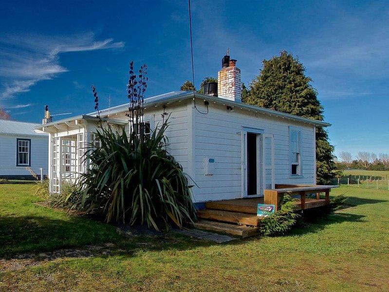Egmont Cottage - Ohakune Holiday Home, holiday rental in National Park Village