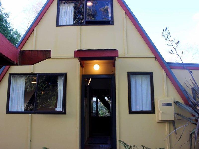 Ace Arawa A-Frame - Ohakune Holiday Home, alquiler vacacional en Raetihi