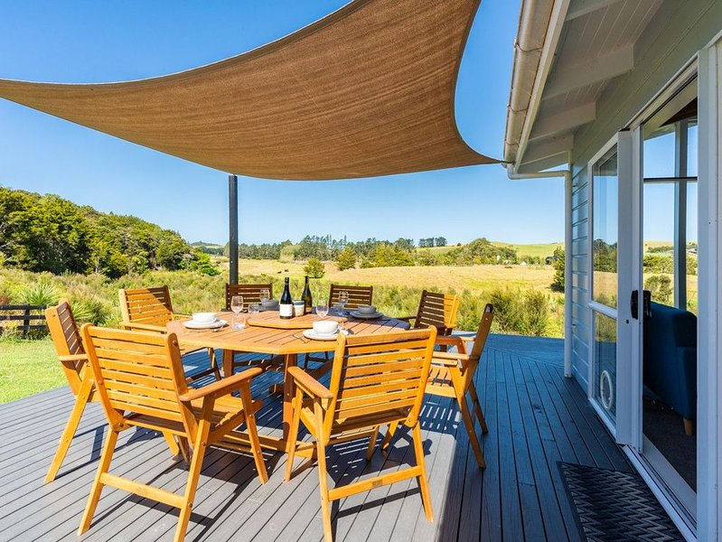 Wai-Marino - Mangawhai Holiday Home, holiday rental in Kaiwaka