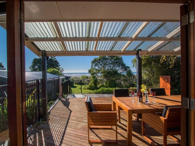 Godwit Cottage - Golden Bay Holiday Home (Pakawau Beach), vacation rental in Collingwood