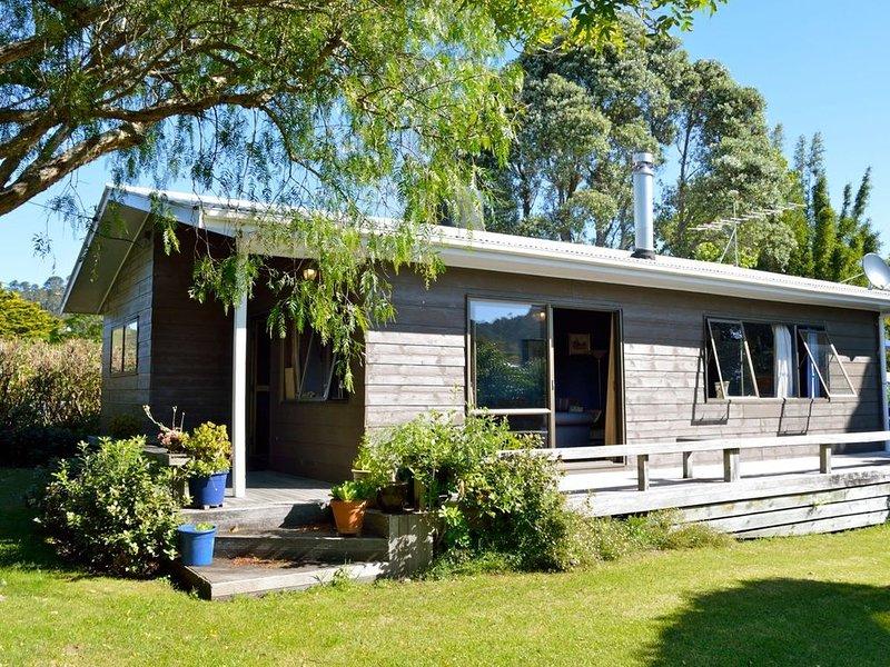 A Fantastic Family Setup - Hahei Bach, vacation rental in Hahei