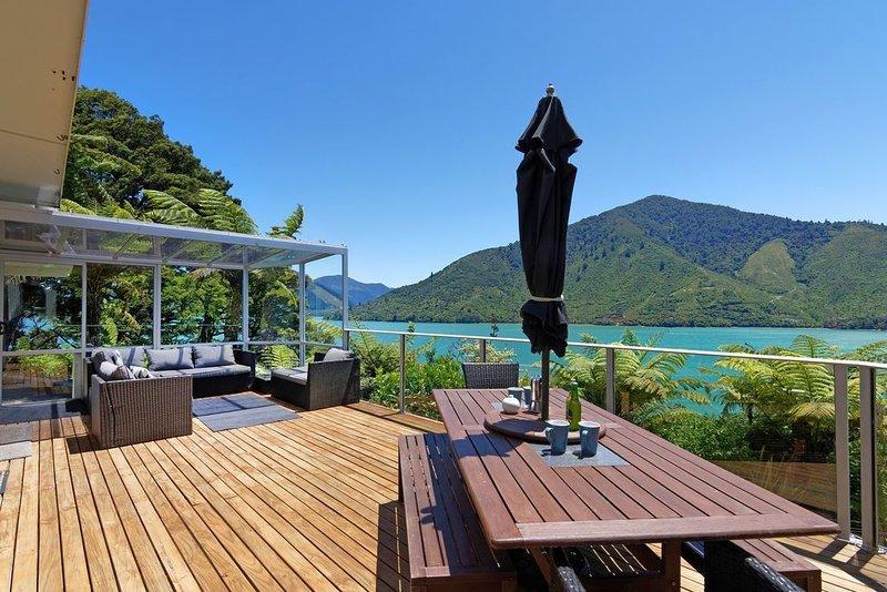 Aquamarine Dreams - Marlborough Holiday Home, alquiler vacacional en Marlborough Region
