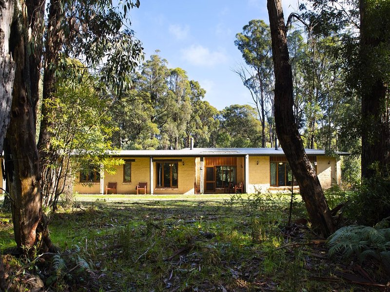 Gumtree Spring - Fantastic Group Accommodation for up to 18!, holiday rental in Trentham