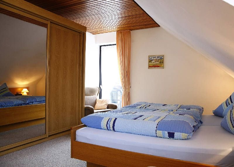 Gemütlich eingerichtetes Feriendomizil (80 m2) in unmittelbarer Waldnähe, casa vacanza a Langewiese