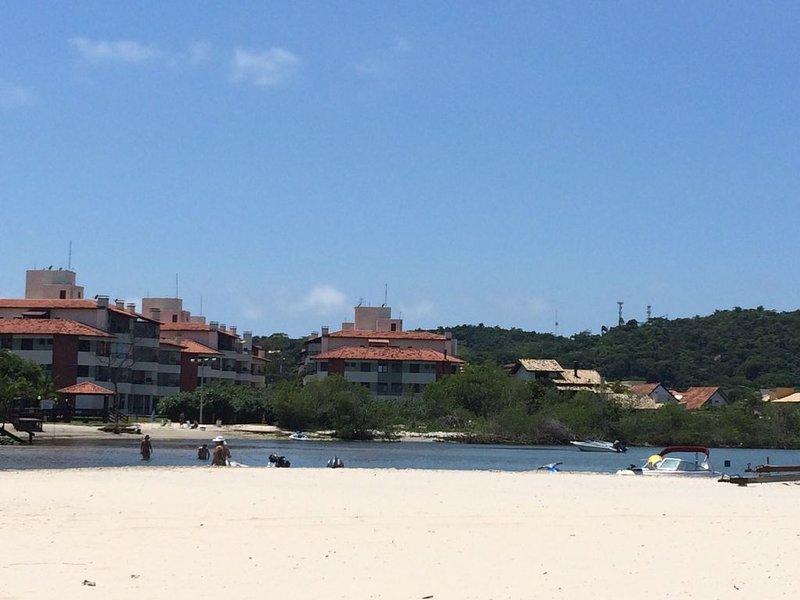 Apartamento Pé na Areia em Floripa / SC, location de vacances à Ponta das Canas