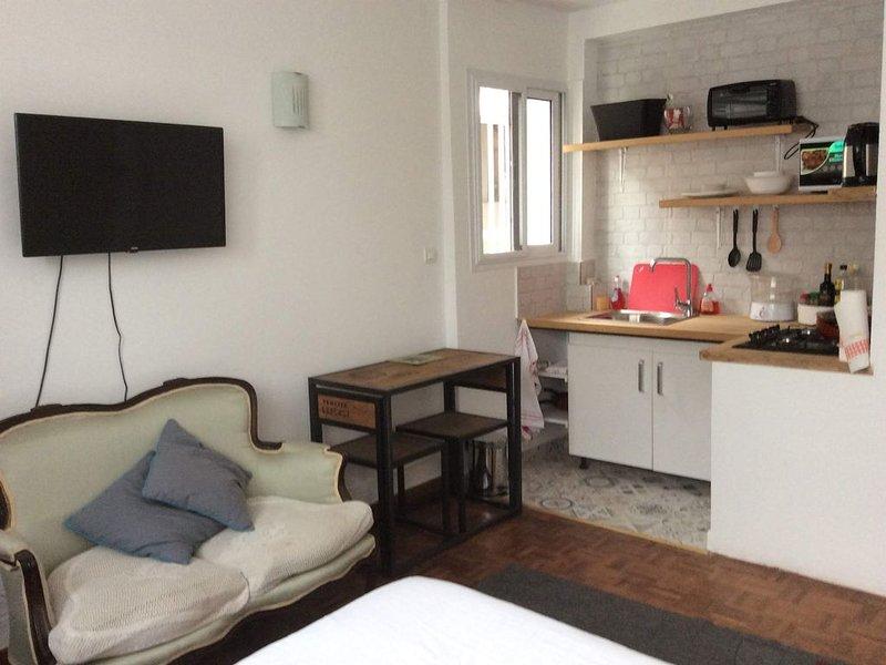 Appartement T2: équipé et en sécurité, vacation rental in Ankerana