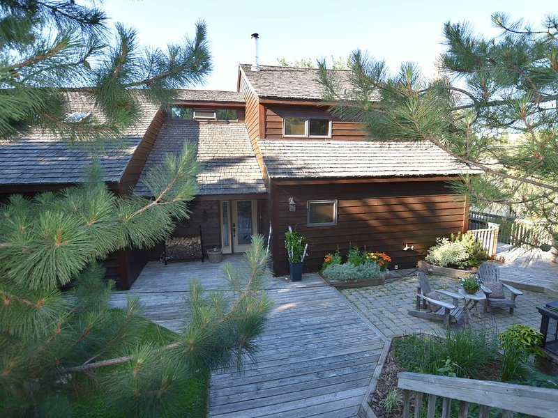 Our beautiful beach house in the woods, casa vacanza a Kenora District
