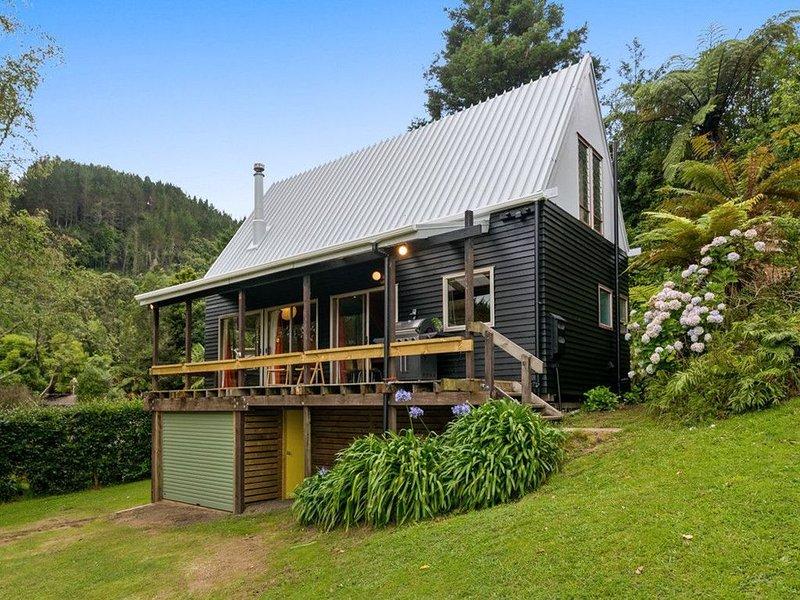 Wilson's Bay Lodge - Hamurana Holiday Home, holiday rental in Ngongotaha