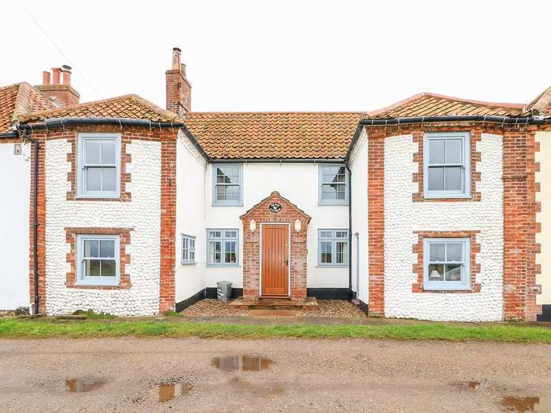 Beach Cottage, SALTHOUSE, NORFOLK, vacation rental in Cley Next the Sea