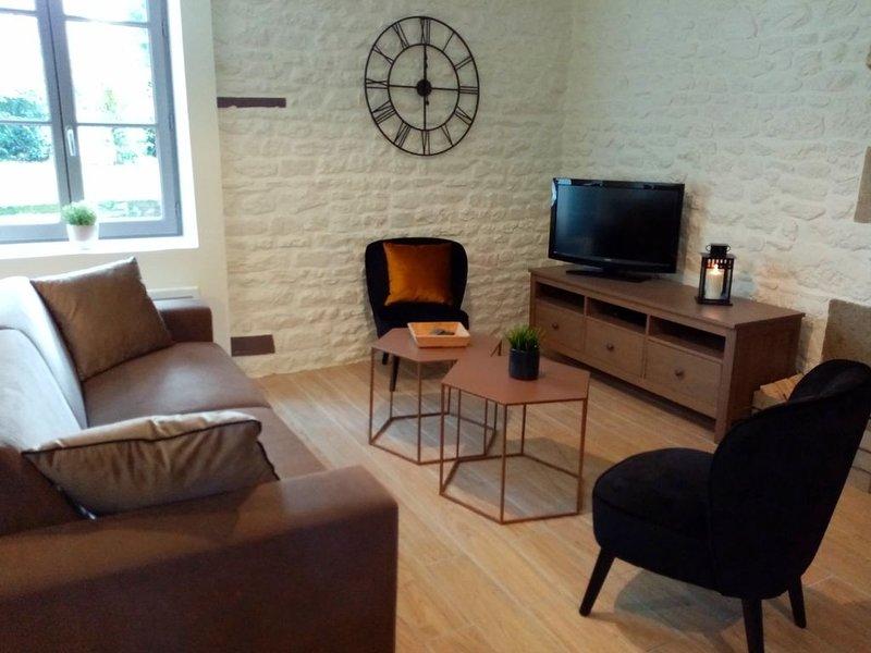 PROMO Maison à 15min de la mer entre Mont Saint Michel et Saint Malo (à Tribord), holiday rental in Saint-Leger-des-Pres