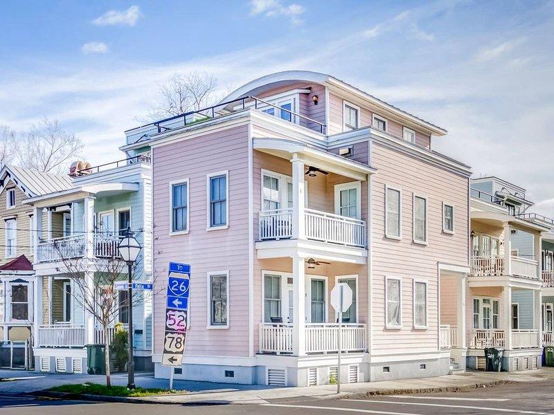 Rosé Getaway: Live Like A Local in this Luxury Home, alquiler de vacaciones en Charleston