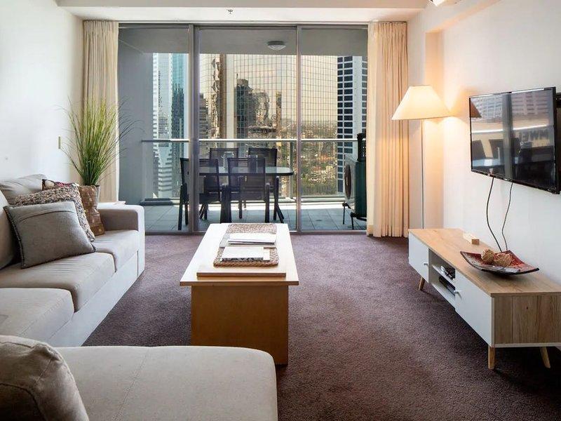 Amazing Brisbane CBD 2 Bedroom Apartment With River Views, location de vacances à Mount Gravatt