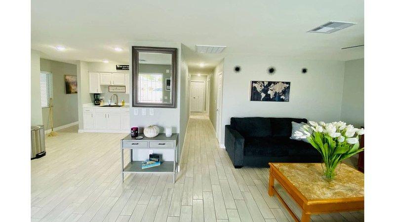 Mi casa hermosa para ustedes!, holiday rental in Tolleson