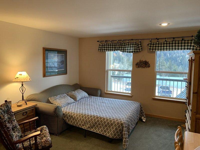 1 Bedroom 1 Bath, Sleeps 4 Comfortably, alquiler de vacaciones en Luby Bay