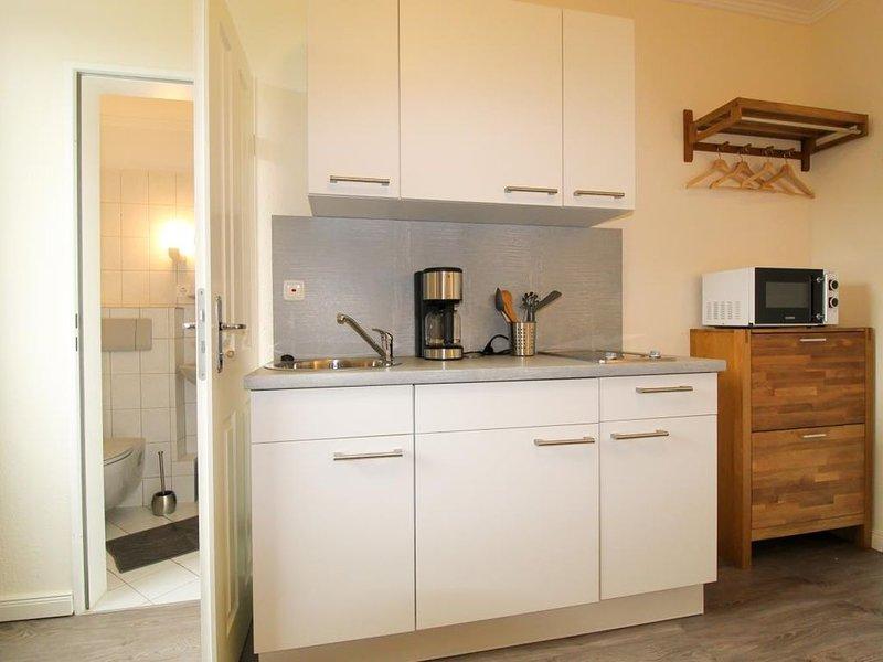 Gemütliches Appartement, für 2 Personen, plus Hund direkt am Wernerwald, holiday rental in Nordholz