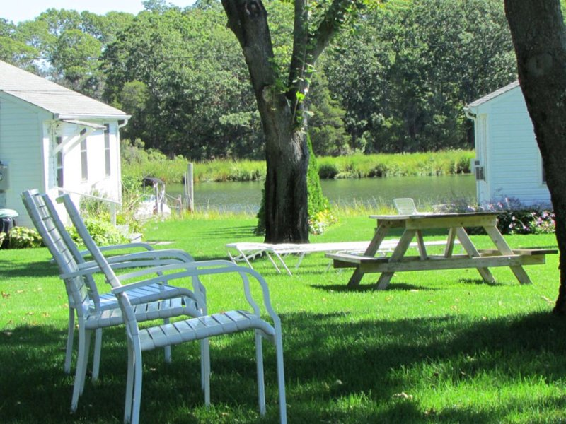 Waterfront Cottage 4, holiday rental in Laurel