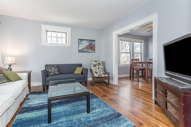Quiet Comfort in Boston - Large 2 Bed Condo, vacation rental in Franklin