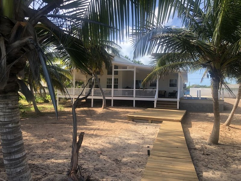 Our Ocean Pearl Beach House on Exuma, Ready For You!, holiday rental in Rolleville