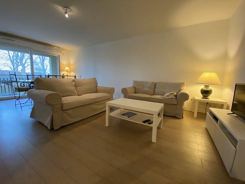 La Pommeray Geneva - Spacieux appartement 2ch, aluguéis de temporada em Loisin